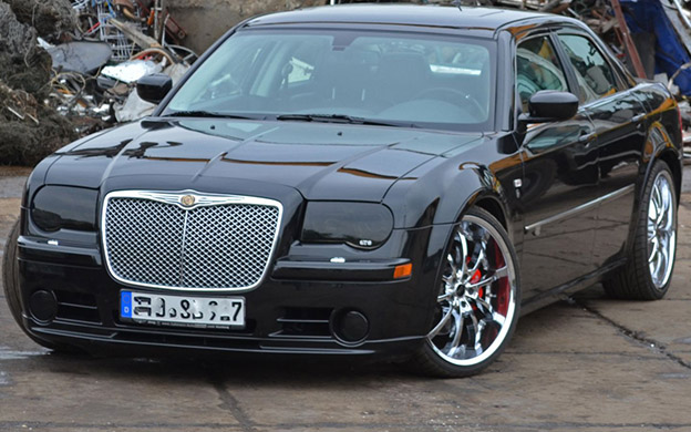 Muscle Car - Chrysler 300 SRT